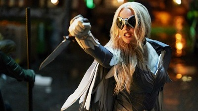 Titans 01x02 : Hawk and Dove - Seriesaddict